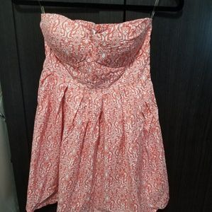Dresses & Skirts - Coral Strapless Sweetheart Dress